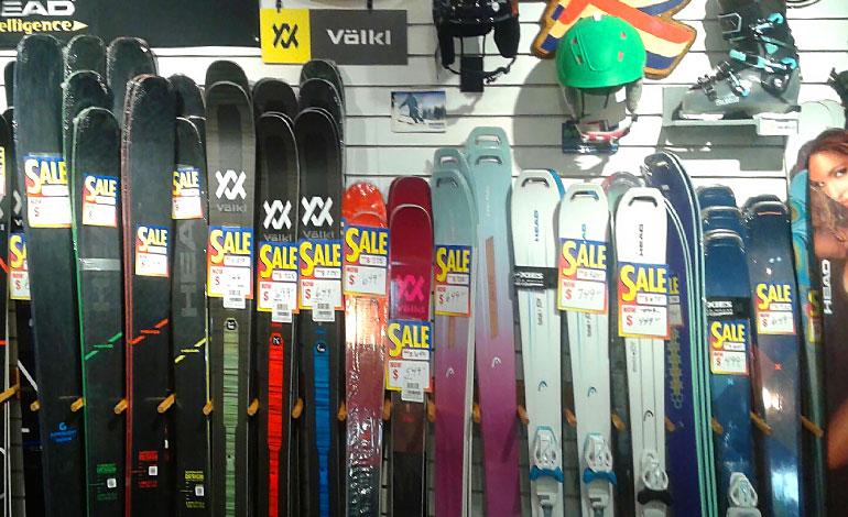 Affordable, discounted ski shop in Federal Way, WA - Moxies
