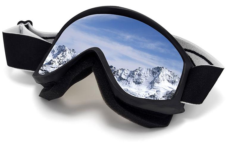Affordable ski and snowboard equipment discounts at Moxies in Kent, WA / Federal Way.
